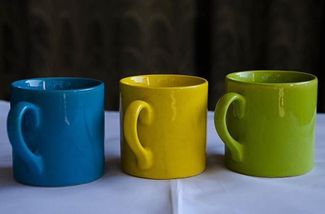 mugs-2002804_1920