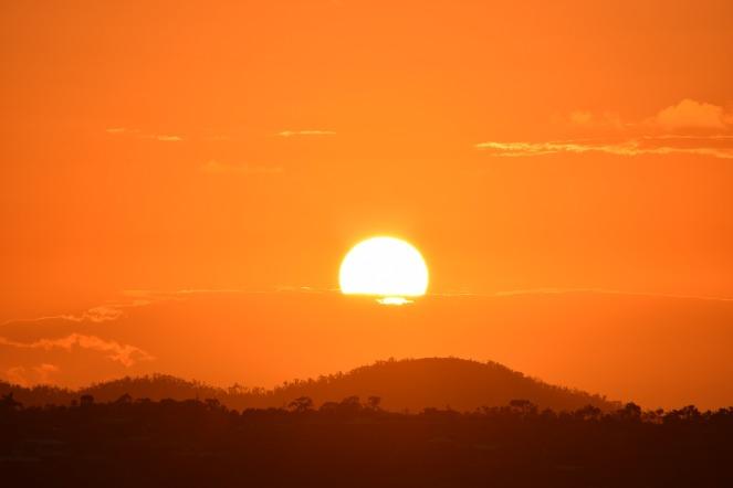 sun-2421826_1920