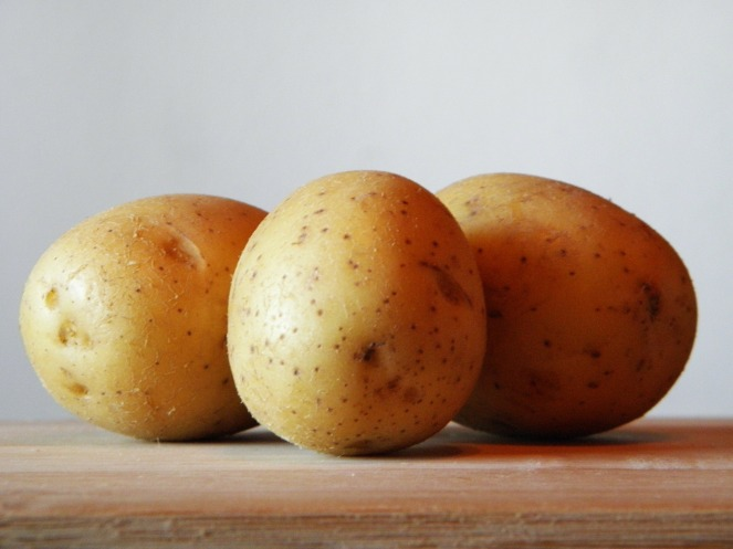 potatoes-179471_1920