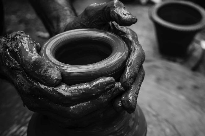pottery-2784564_1920
